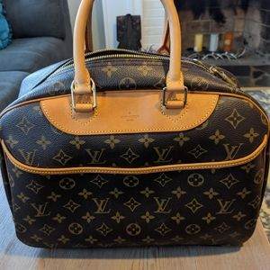 Authentic Louis Vuitton Deauville Weekend Tote